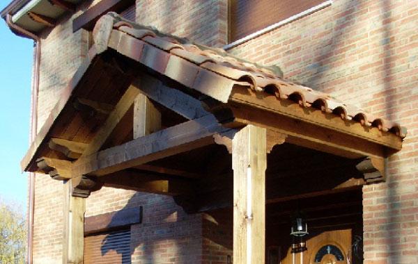 Tejados y porches for Tejados de madera para puertas